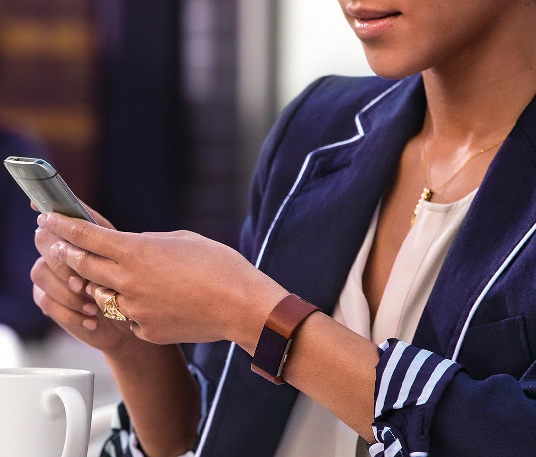 Creative and Stylish Accessories to Personalise Your Fitbit  - WearableO